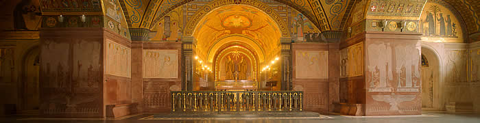 Mount Cassino Abbey Italian beach private house summer holiday tours
